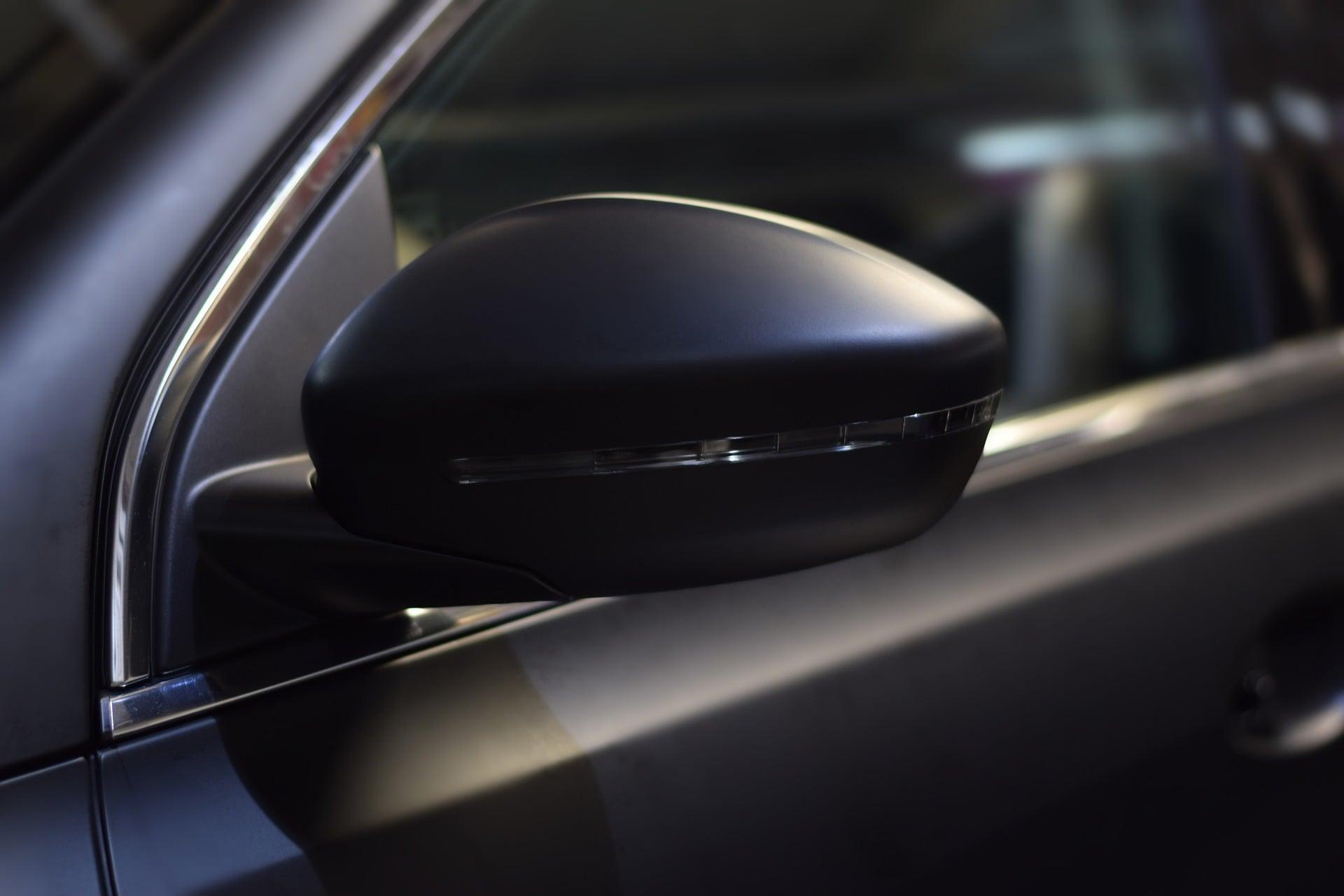Folia samoprzylepna do przyciemniania okien w samochodzie i nie tylko! 7